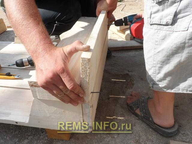 строительство детского паровозика своими руками - делаем спинки.