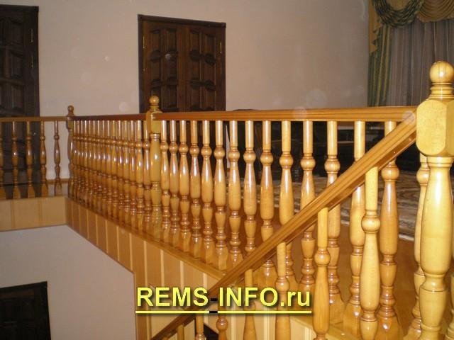 деревянная лестница на второй этаж фото2.