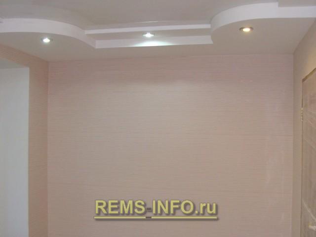 Натяжные потолки устанавливаются до поклейки обоев или