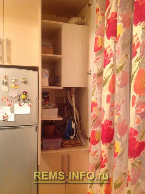 Кухня с котлом отопления дизайн фото