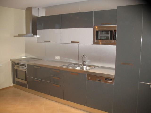 Кухня в стиле модерн 4.