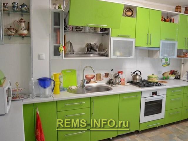 Дизайн кухни зеленого цвета 3.