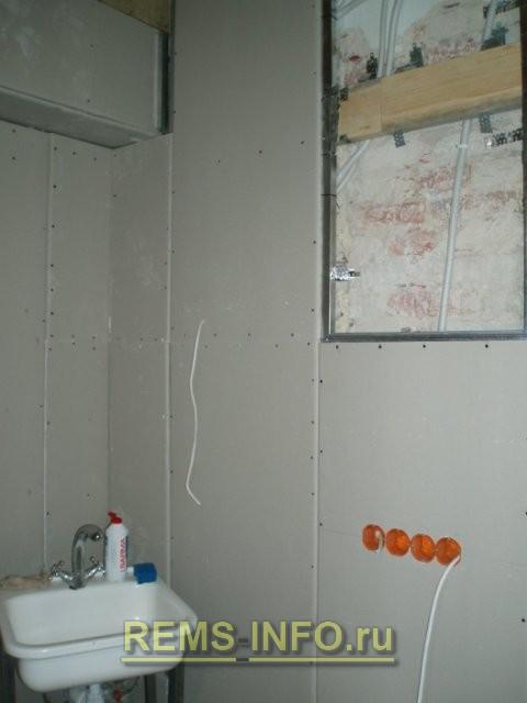 Выравнивание стен кухни гипсокартоном 2.
