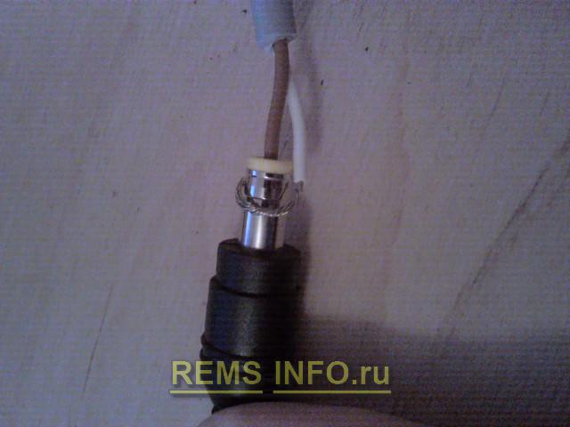 соединяем кабель с разъемом адаптера.