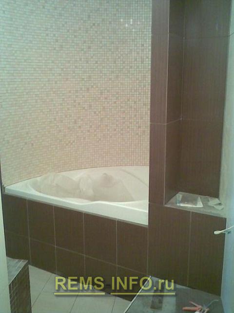 интересный вариант установки ванной