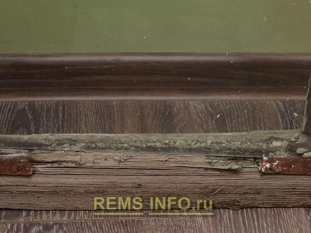Реставрация деревянного окна - сильно рассохшиеся и растрескавшиеся фрагменты style=