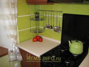 Кухня фисташкового цвета5