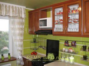 Кухня фисташкового цвета6